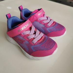 Skechers Girl Toddler GO Run 600 Shoes
